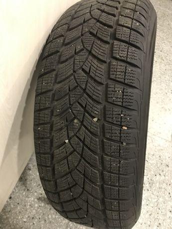 Шины зима Goodyear Ultragrip Ice 235/60R18 Зимні шини