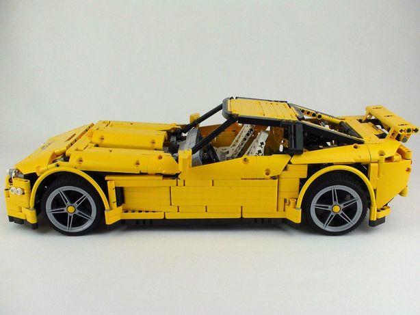 Model Lego Technic Chevrolet Corvette