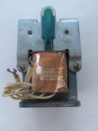 ЭМ 33-6 220в магнит