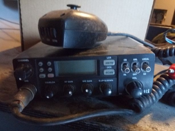 Radio cb firmy tti