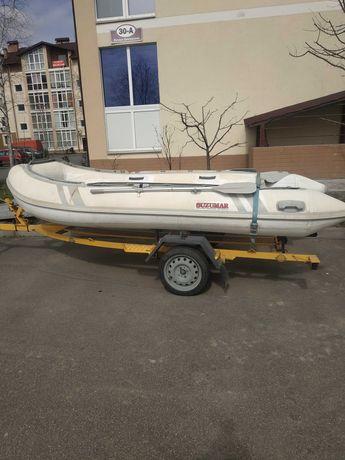 Лодка SUZUMAR 390