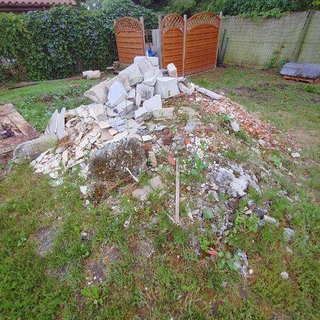 Gruz budowlany oddam