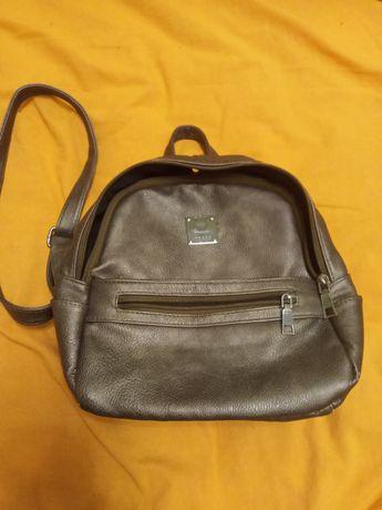 Сумки женские - рюкзак и сумочка