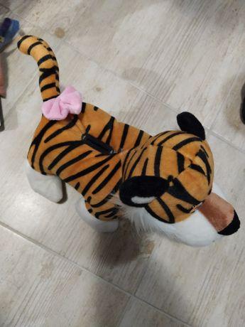 Продам музыкальную копилку тигра.