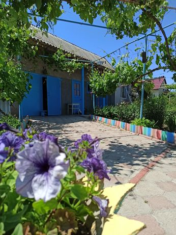 Сдам Дом в Рыбаковке посуточно Жилье для отдыха в Рыбаковке Домик