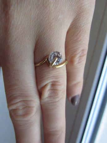 Кольцо. Золото 585. Золотое кольцо 17 р.
