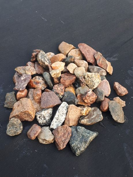 Kamień ogrodowy / ozdobny / kolorowy ŁUPANY / 16-32 / Transport 1-24 t