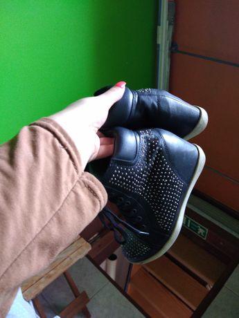 Sapatilha / bota tamanho 35
