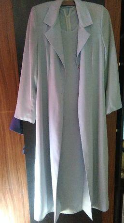 Sukienka plus płaszczyk