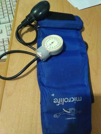 аппарат для измерения давления.