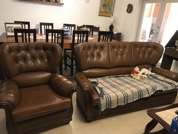 Conjunto 3 pecas , sofa-cama mais 2cadeiroes