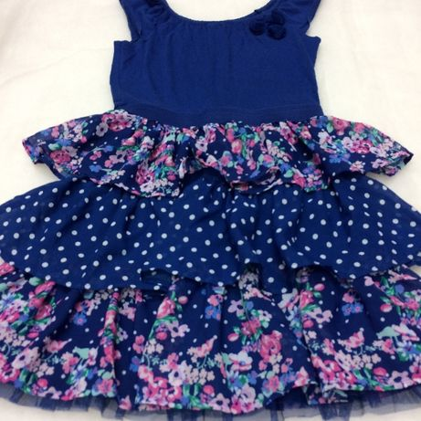 Śliczna sukienka est.1989 PLACE 14 LAT z USA
