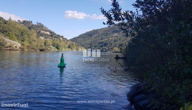 Venda Terreno com frente Rio Douro, Espadanedo, Cinfães