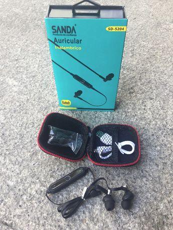 Auriculares Bluetooth Sport / Auriculares desportivos bluetooth -Novo