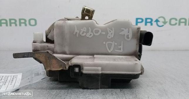 Fecho Da Porta Frente Dto Seat Ibiza Iii (6K1)