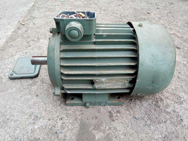 электродвигатель 1.5 кВт 1000 об/мин електродвигун 380 В