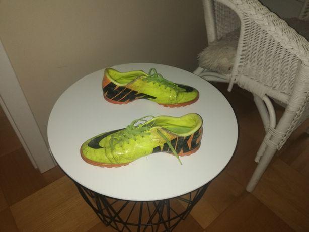 Buty do piłki nożnej nike 41