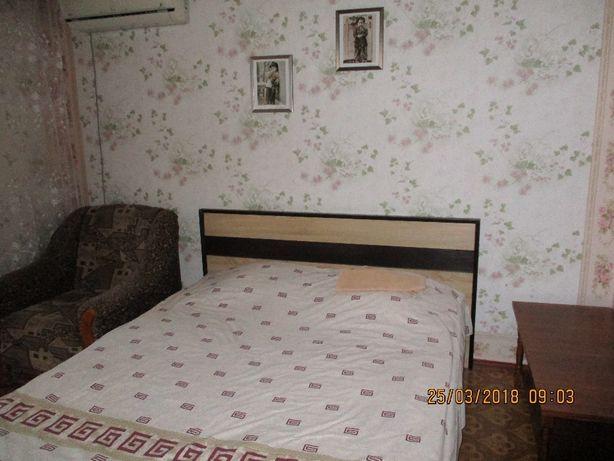 Сдам 1 комнатную квартиру в Новой Каховке посуточно.