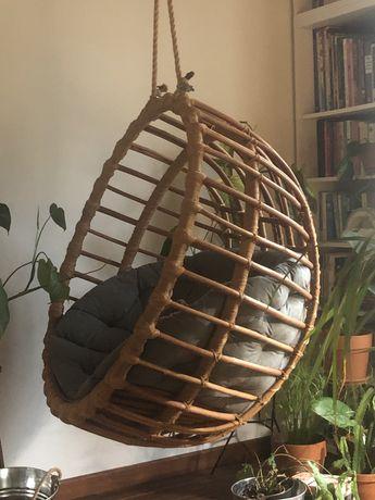 Wiszący fotel do domu kula okrągły