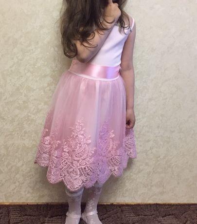 Очень СРОЧНО выпускное праздничное платье на девочку