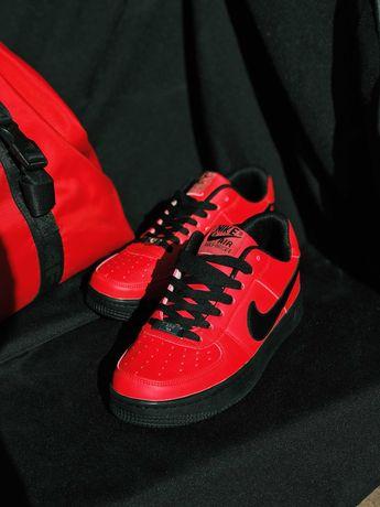 ХИТ Продаж Кроссовки красные с черным Nike Air Force 1 Red & black ТОП
