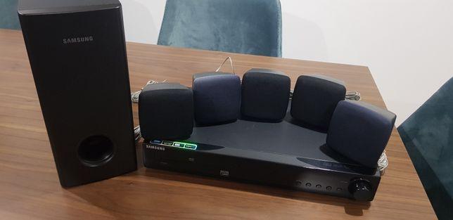 Sistema de som Samsung HT-Z120