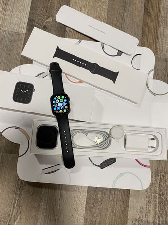 Apple watch series 5 44mm gps wifi
