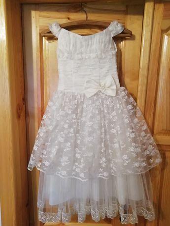 Детское платье нарядное на 5-9 лет