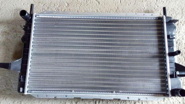радиатор основной Ford Sierra 1.6 2.0 бензин 2.3 дизель