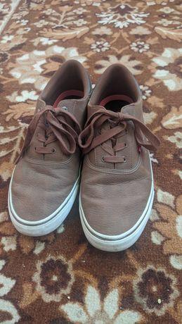 кроссовки Levi's