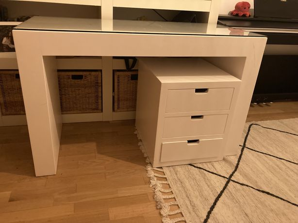 Secretaria + modulo de gavetas