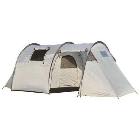 Палатка 4 местная, двухслойная с большим тамбуром и окнами б/у