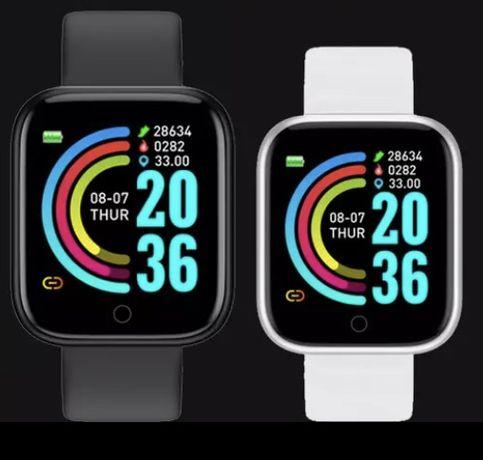 Nowe smartwatche bialy i czarny.