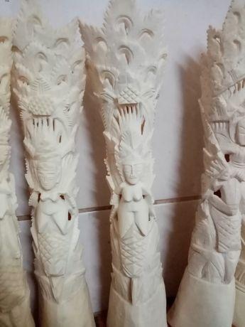 esculturas em osso