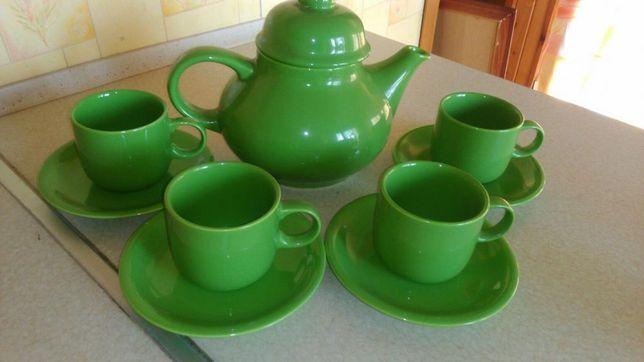 Ceramiczny komplet kawowy