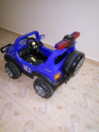 Продам детский електромобиль