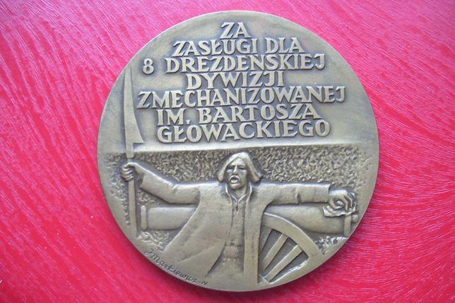 Stare monety Medal 8 Drezdeńska dywizja zmechanizowana J. Markiewicz