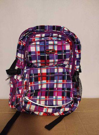 Sprzedam nieużywany plecak dziewczęcy