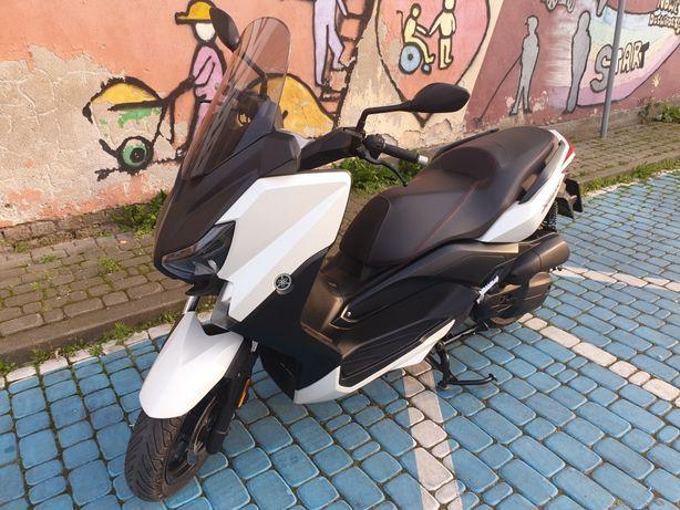Skuter Yamaha x-max