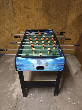 Stół do gry w piłkarzyki.