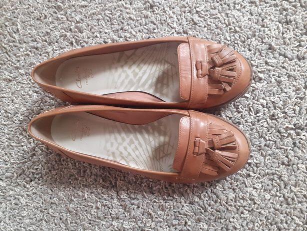Продам туфли женские кожаные
