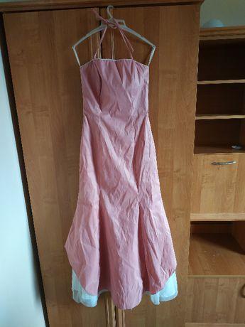 Łososiowa sukienka