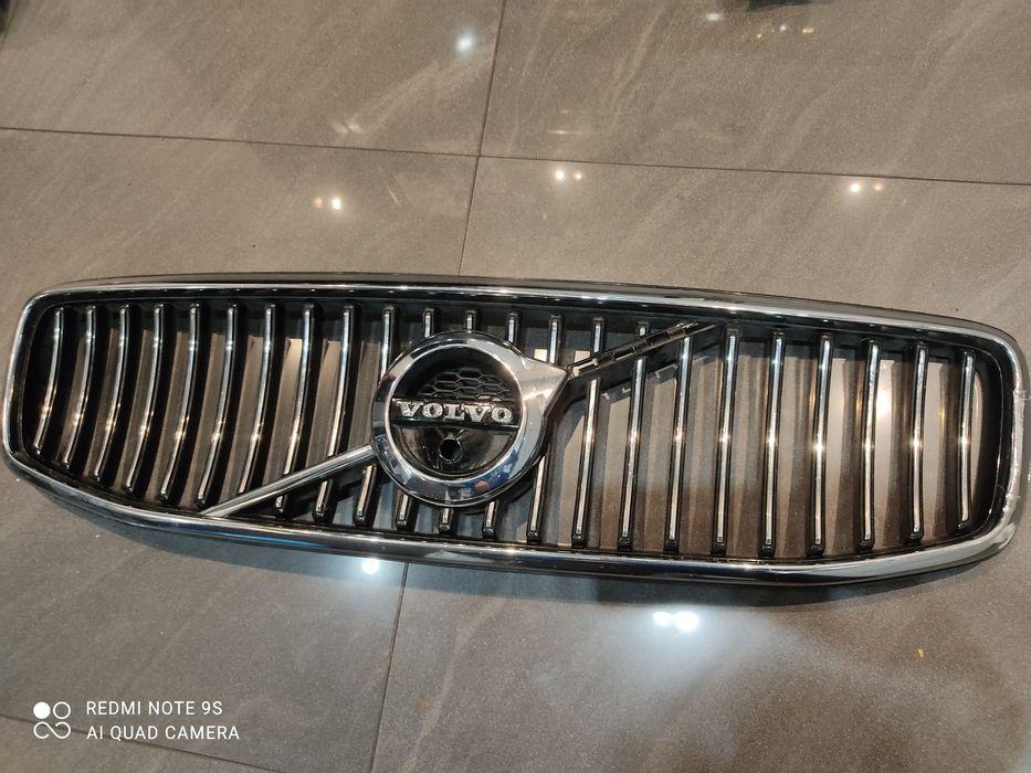 Grill atrapa Volvo s90 v90 kamera inscription Strupin Mały - image 1