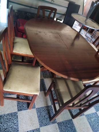 Mesa de cozinha e 6 cadeiras