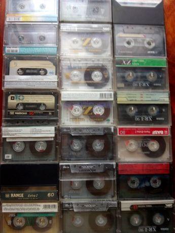 Продам аудио кассеты с различными записями.