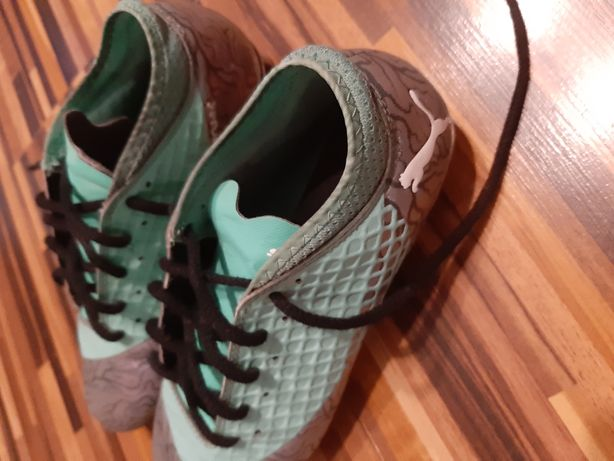 Buty korki piłkarskie r. 35 PUMA