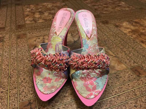 Шлепки на каблуке, удобные, 38 размер