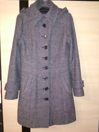 Продам пальто Esprit весна-осень 36 р. 100 грн.