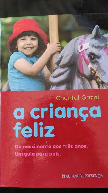 Livros diversos sobre Puericultura, Psicologia infantil e maternidade.