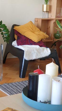 Fotele ikea, czarne plastikowe
